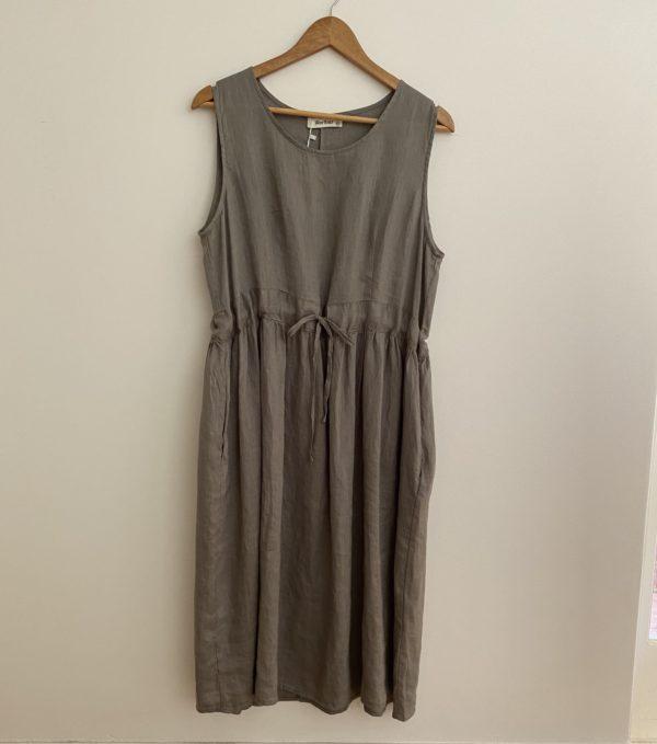 WORTHIER LINEN DRAWSTRING DRESS